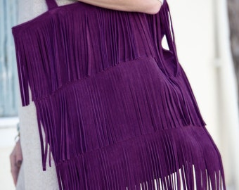 Suede leather tote with fringes, in purple
