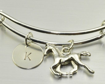 Horse Bangle,Horse Bracelet,Initial Horse Bracelet,Gift for Horse lover,Equestrian Jewelry,Horse Riding Jewelry,Expandable Bangle,Xmas gift