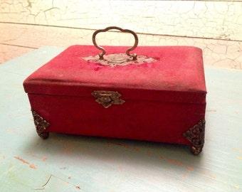 Jewelry Box Victorian Velvet