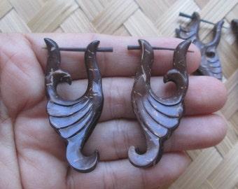 Coconut Shell Earrings Tribal Earrings Eco Friendly Jewelry  3-110416