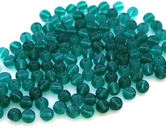 24x Vintage Green Glass Round Beads - B049