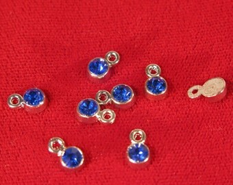 "BULK! 50pc 5mm ""blue sapphire"" color charms in antique silver style (BC1111B)"