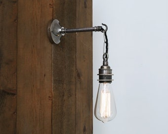 Prei Industrial Wall Light