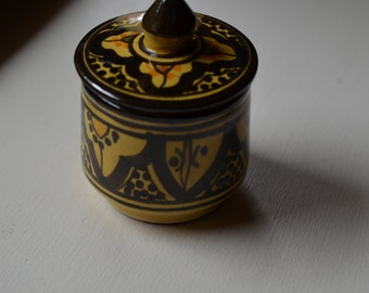 Vintage small jar/pot in Moroccan Arab/India/North African style