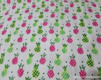 Flannel Fabric - Pineapples on White - 1 yard - 100% Cotton Flannel