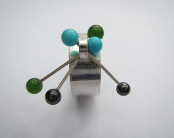 Sterling silver kinetic ring with jade, turquoise and hematite beads, size S (UK)/ 9 (US)
