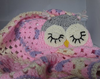 crochet newborn carseat hat and blanket set  Custom orders also welcome