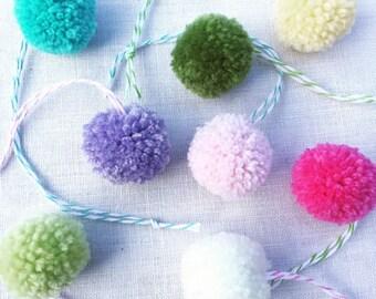 Handmade Mini Pom Decoration Set
