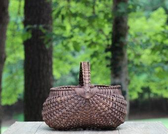 Large Vintage Woven Splint Gathering Basket with Woven Handle / Appalachian Gathering Basket / Buttocks Basket / Large Buttocks Basket