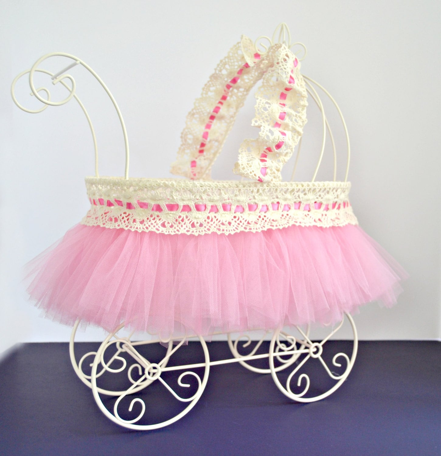 Baby carriage baby shower centerpiece ivory wire baby pram for Baby carriage decoration