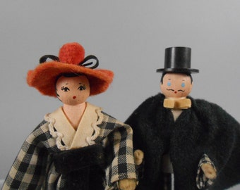 Clothespin Dolls Victorian Couple