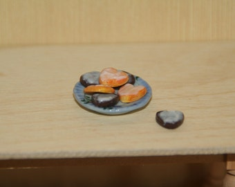 Dollhouse, Plate with Heart Shape Cookies
