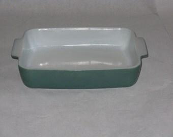 Vintage Pyrex green casserole dish