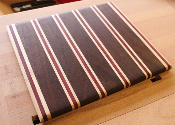 Laminated wooden cutting board
