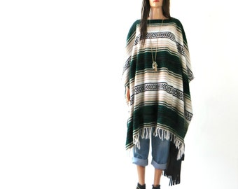 FRINGE Poncho Cape Shawl Indian Blanket SouthWestern Tribal Aztec Wool  vintage  Jacket Coat Free Size