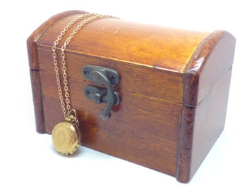Jewelry box ~ Vintage wood box ~ Simple box ~ Jewelry storage ~ Home decor ~ Trinket box ~ Wood box ~ Wood box