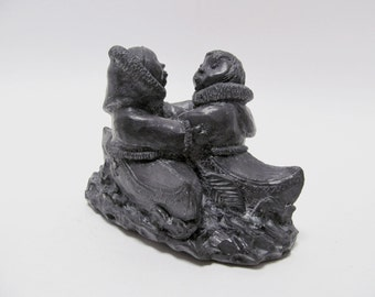 Vintage Wolf Originals Soapstone Sculpture / A Wolf Original Handmade Carving / Kissing Kayak Couple Figurine / Made in Canada