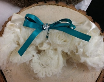 Garter Ivory satin and rosettes