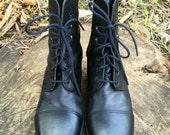 Vintage Nine West Black Leather Lace Up Boots/Block Heel--size 10