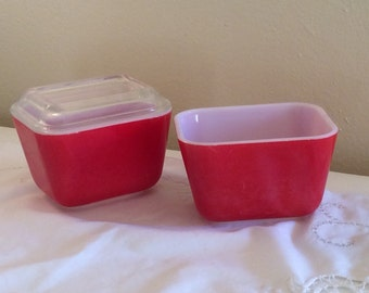 Set of 2 Vintage  Original Refrigerator Red Pyrex 501 Dishes 1 with Lid
