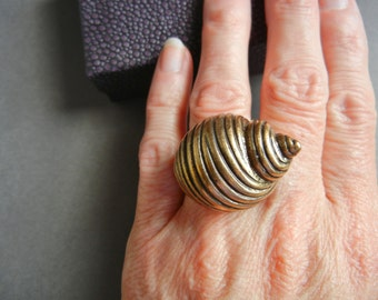 Lucky Brand Snail Ring 8, Lucky You Lucky Brand ring 8, lucky brand snail ring 8, vintage brass snail ring, Lucky you beehive ring,