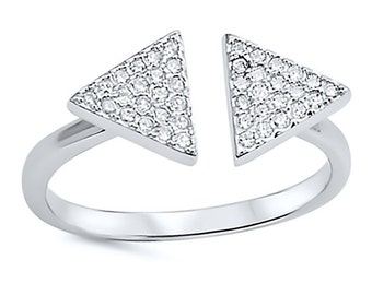 925 Sterling Silver Triangle Open Ring. Sterling silver arrow band with CZ. Size 6