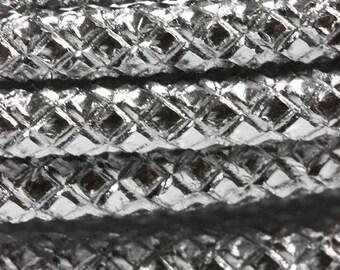 Embossed Aluminum Wire Silver Color 9ga 16 1/4 Feet Per Bag (WR75209)