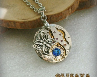 Watch movement  Steampunk   Pendant with Swarovski crystal  ,  Steampunk Jewelry , Steampunk Jewelry