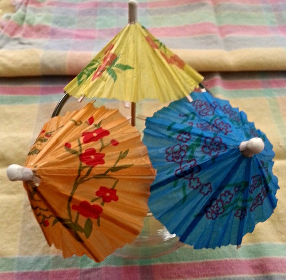 cocktail drink parasol umbrellas hawaiian laua pool swim. Black Bedroom Furniture Sets. Home Design Ideas