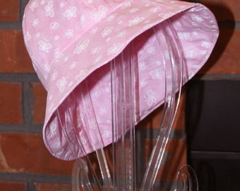 Infant Sun Hat - Light Pink with White Butterflies