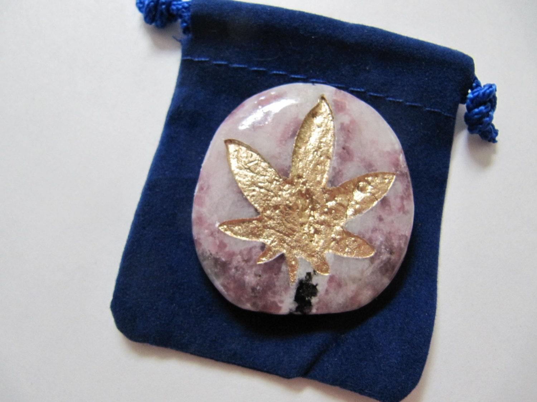 Gemstones marijuana symbol totem spirit healing stones with gemstones marijuana symbol totem spirit healing stones with symbols medicine bag spirit totem reiki chakrafeng shui buycottarizona Images