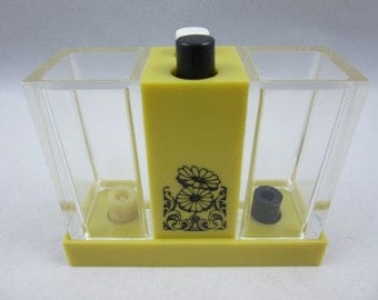 Mid Century Push Button Spillproof Acrylic Salt and Pepper Shaker Dispenser