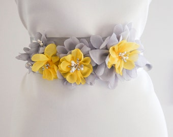 Gray Yellow Flower Bridal Sash, Wedding Sash, Floral Sash, Gray Belt,  Yellow Bridal Sash, Wedding Dress Sash, Formal Dress Sash, Gray sash