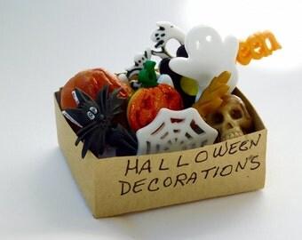 dollhouse garage etsy - Miniature Halloween Decorations