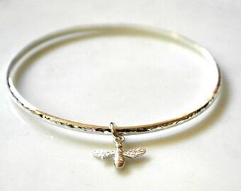 Bridesmaid Gift - Sterling silver bangle - Bee bangle - Bee bracelet - Bee Jewellery - Queen bee - Summer bangle bracelet - hammered bangle