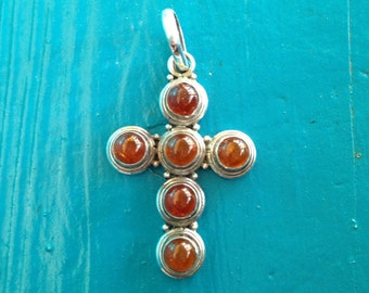 Vintage Navajo Amber in Sterling Silver Pendant