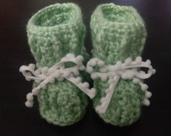 Ribbed Baby Booties (green/white)