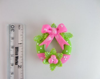 Christmas wreath. Natudesign  Clay Charm Bead, Scrapbooking, Bow Center, Pendant, Cupcake topper, Magnet