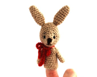 bunny finger puppet, crochet puppet, kawaii rabbit pretend play, Easter gift for children, cute amigurumi bunny, play puppet theatre