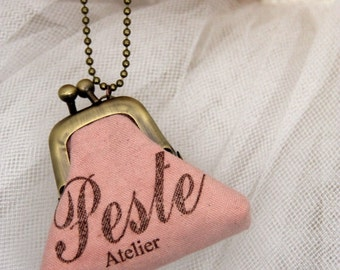 Necklace mini wallet pink