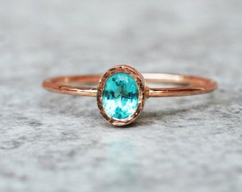 Oval apatite ring - Rose gold jewellery, Unique Engagement Ring, Blue Gemstone Ring