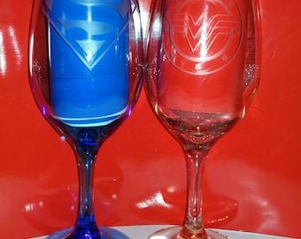 Superman and Wonder Woman couples wine glass set