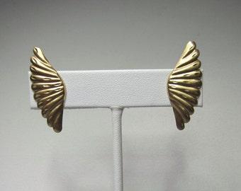 14k Gold Fan Earrings with Diamond cuts