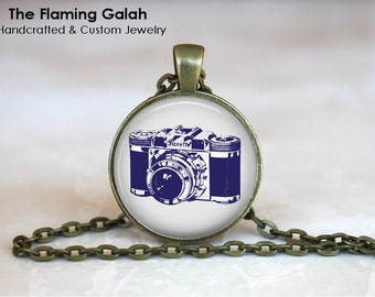 Vintage Camera Pendant. Photography Photographer.  Necklace /Key Ring. Gift Under 20. Handmade in Australia (P0743)