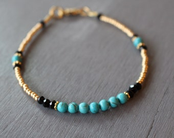 Turquoise and gold beaded bracelet, gold friendship bracelet, gemstone bracelet, beaded friendship bracelet, gold beads bracelet