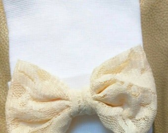 Custom Made Ivory Cream Color Bow. Newborn Hospital Hat. Newborn Hat. Infant Beanie. Infant Outfit. Cute Gift! Exclusive