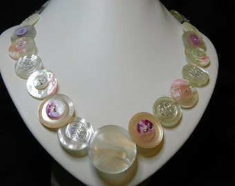 Button necklace  - Whisper of Pink