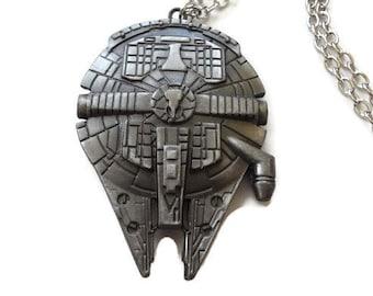 Star Wars Millennium Falcon Spacecraft - ideal for Fans - Men Women gift