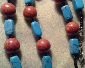 Handcrafted Faux Turquoise Red Ceramic Pendent Necklace