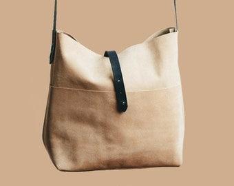 Handmade leather handbag cappuchino